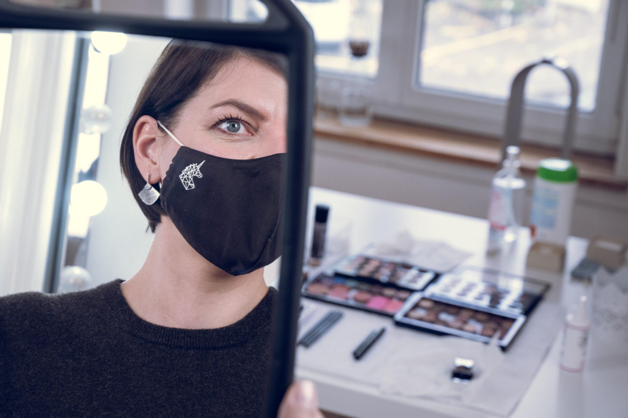 Makeup Beratung Schutzmaske